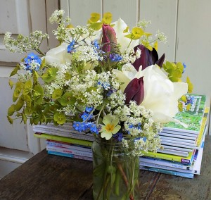 Jam jar arrangement made by my student Caroline in my first 'Grow your own flowers' workshop