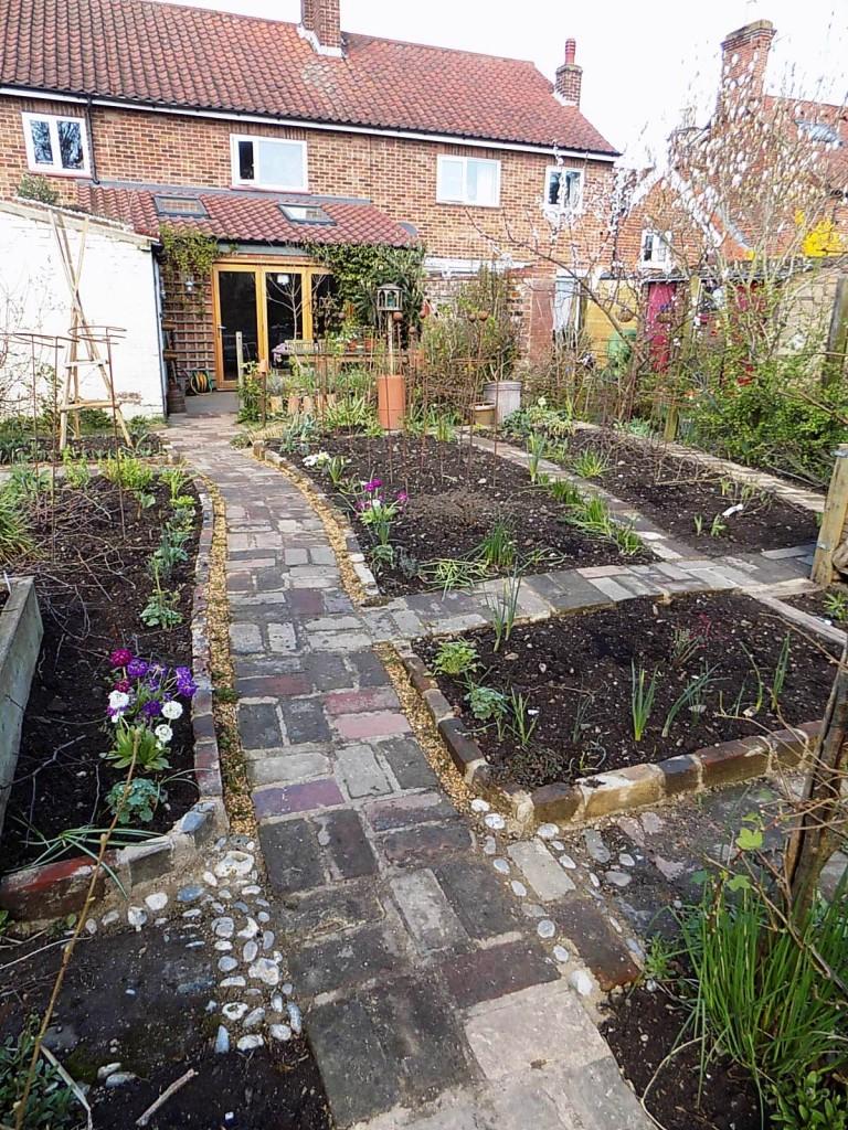 New cutting garden